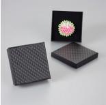 Zdjęcie - Czarne pudełko w kwadraty