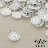 Zdjęcie - Zawieszka monetka ze wzorkiem w srebrnym kolorze