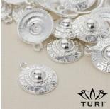 Zdjęcie - Zawieszka tarcza ze wzorkami w srebrnym kolorze