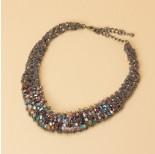 Zdjęcie - Kolia z drobnych łańcuszków z kryształkami