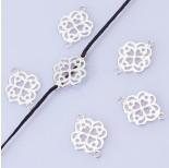 Zdjęcie - Srebrny łącznik kwiatek wycięty AG925