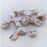 Zdjęcie - Perły seashell nugget w złotym okuciu zawieszka biała