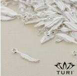 Zdjęcie - Zawieszka piórko w srebrnym kolorze