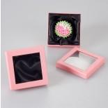 Zdjęcie - Pastelowo różowe pudełko z okienkiem